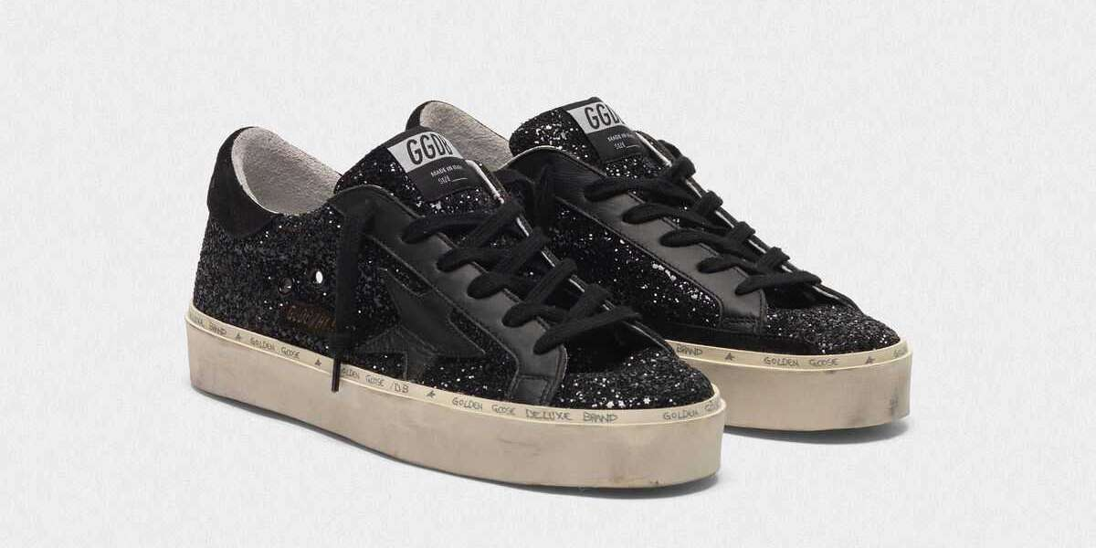 Golden Goose Sneakers hit