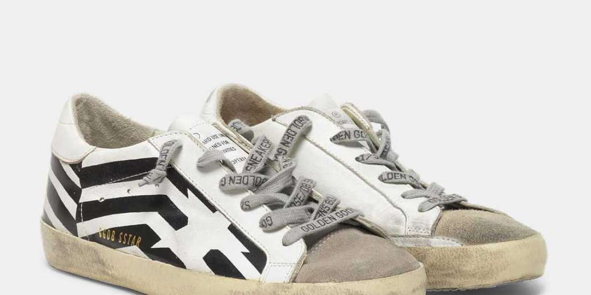 Golden Goose Sneakers Harlem